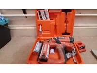 Paslode f 16 nailer + cleaning kit + lots of nails and gas
