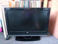 LG 32 inch LCD TV