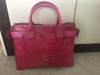 Beautiful Pink laptop/handbag brand new with tags
