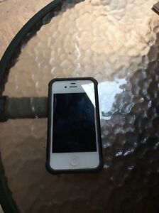 iPhone 4s Telus 16 gb
