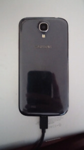 SAMSUNG S4 (PARTS OR CAN BE FIXED)