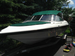 19' Nordic bowrider and trailer