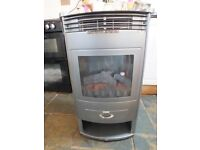 B&Q wood burn electric heater with varable flame effect