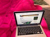 Macbook Pro 13 2015 Retina + Charger + Box