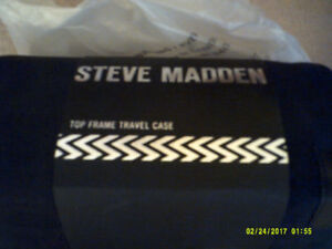 Steve Madden Top Frame Travel Case New Never Used.
