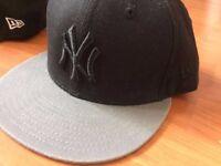 NEW ERA cap black and grey