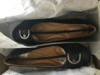 Ladies Shoes Size 6 - Hotters
