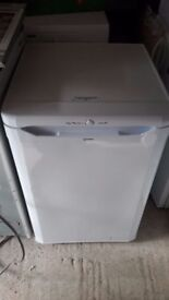 **INDESIT**FREEZER**ONLY £50**MORE AVAILABLE**BARGAIN**FROST FREE**COLLECTION\DELIVERY**NO OFFERS**