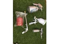 Set of spray guns