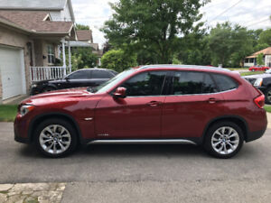 2012 BMW X1 28i with extended warranty & winter tires