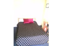 A Very Comfortable Double Room in West London at Perivale, UB6 8EQ with free wifi