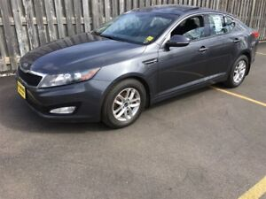 2012 Kia Optima LX, Automatic, Steering Wheel Controls