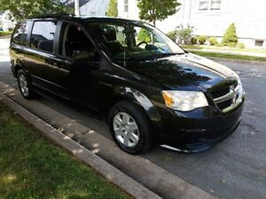Very Nice 2011 Grand Caravan Sto & Go. Auto, Loaded, New MVI