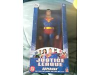 Superman justice league figure