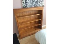 Bookcase - solid 5 with 5 shelves excellent condition