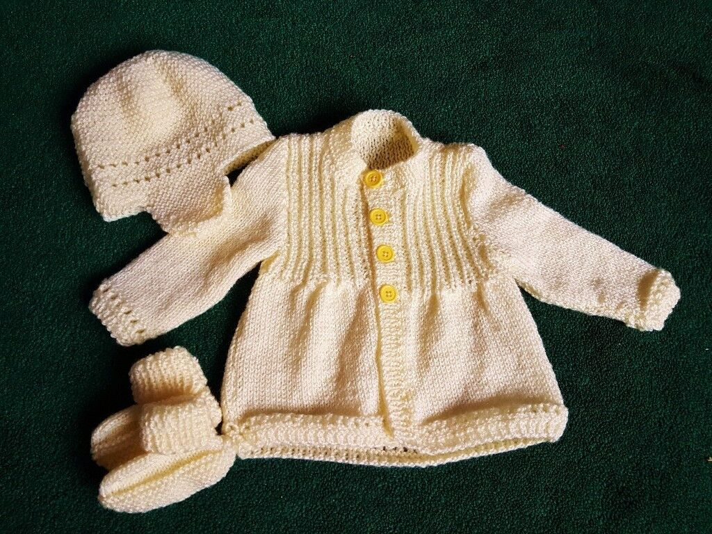 Hand Knitted Baby Girls Set - 1 month