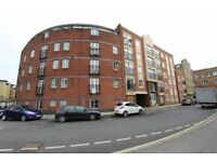 MODERN DOUBLE ROOM IN PRIVATE BUILDING IN LIMEHOUSE
