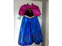 4 Frozen dress up outfits age 6-7