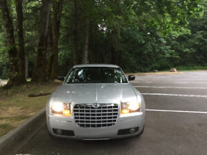 2010 Chrysler 300-Series Other