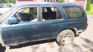 PARTING OUT 1996 Toyota 4Runner SR5 SUV, Crossover