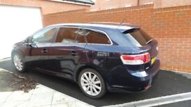 Toyota Avensis T-SPIRIT D-4D 2.2 Diesel +Full Leather+Sat Nav+Reverse Camera+Pan Roof - top model