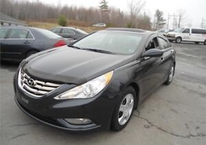 2013 Hyundai Sonata Fully loaded leather only 85km