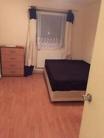 Large double bedroom to let ( All bills inclusive )