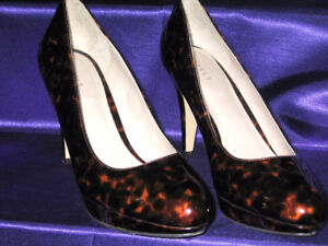 Pre-Owned Tortoise Shell Look Platforms-Size 10-Excellent Cond.