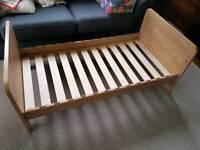 Rialto cot bed age 0-4
