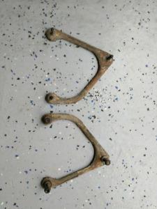 Strut mount brackets for third gen camaro