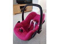 Maxi Cosi Car Seat / Baby Carrier
