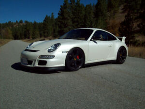 2006 Porsche 911 Coupe (2 door)