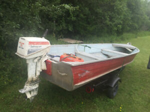14 foot boat motor and trailet
