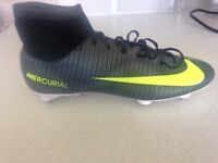 Nike mercurial football boots size 7, hardly used