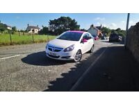 2008 Vauxhall Corsa 1.2 petrol white with pink. Great runner