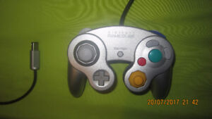 Gamecube controller still like new, silver in colour