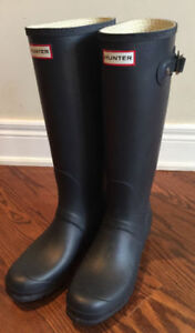 Hunter Boots Tall Boots Size 11 Navy Blue I Ship