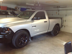 NICE 2009 Dodge Ram 1500 shorty pickup by OWNER