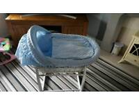 Moses Basket With white atand