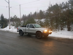 2000 s10 zr2! Trade for sled!!