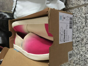 Toms womens 8 or youth 6 New