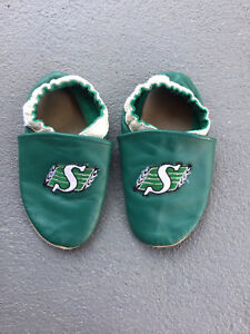 SK Roughriders 18-24 month slippers