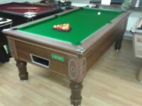 Supreme Prince World Class Pool Table in Walnut Body Electronic Coin / Freeplay Operation !!LOOK!!