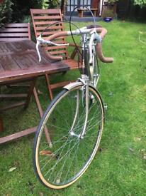 """Raleigh ladies bike 22"""" frame, vintage classic, 15 gears, new tyres"""