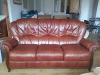 Leather 3-1-1 Suite, Excellent Condition. For Collection