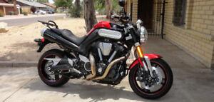 2009 Yamaha MT-01 Red   Stunning   extras