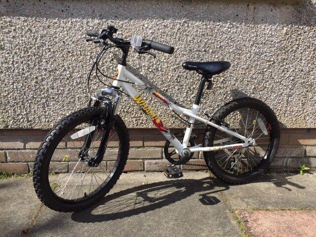 """Apollo Wham Boys Mountain Bike Bicycle 20"""""""