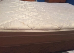 Double Mattress and Boxspring