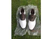 NEW MENS REEBOK SIZE 8 GOLF SHOES