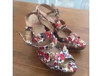 Cross front floral wedges